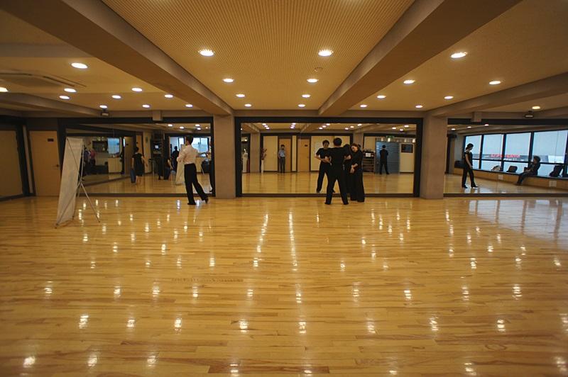 논현동 지상층 인테리어 훌륭한 댄스연습실 임대