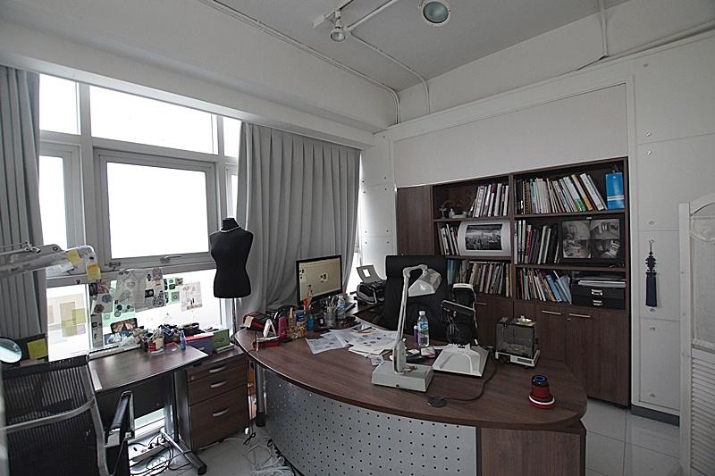 청담동 테라스가 아름다운 사무실임대