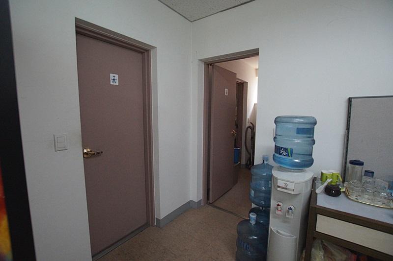 청담동 건물 내외관적으로 예쁘고 깔끔한 사무실임대
