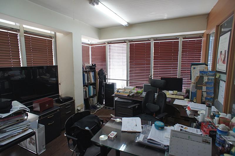 반포동 깔끔한 내외관의 사무실임대