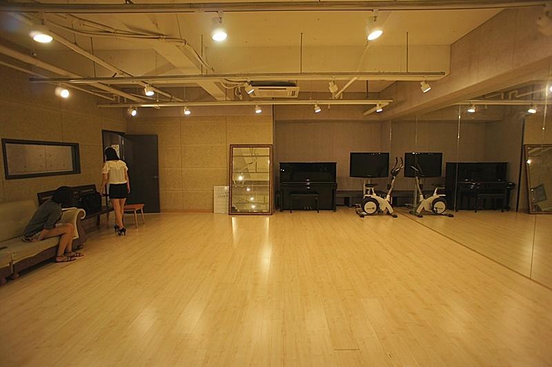 논현동 댄스연습실및 녹음실로 사용중인 엔터테인먼트 사무실임대