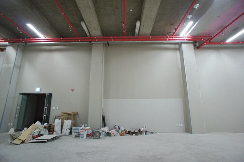 논현동 층고 6미터 지하 스튜디오임대