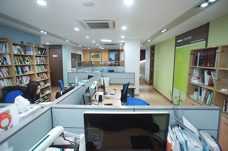 대치동 회의실이 넓은 사무실임대