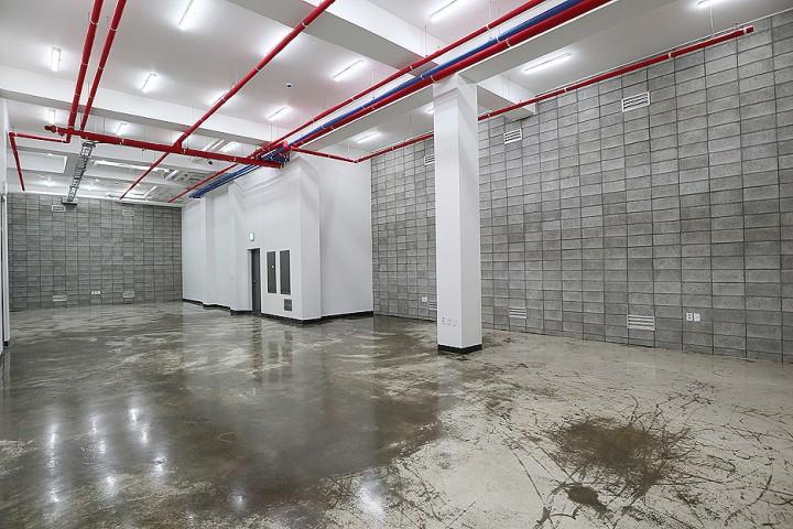 삼성동 신축빌딩 층고높은 지하사무실임대