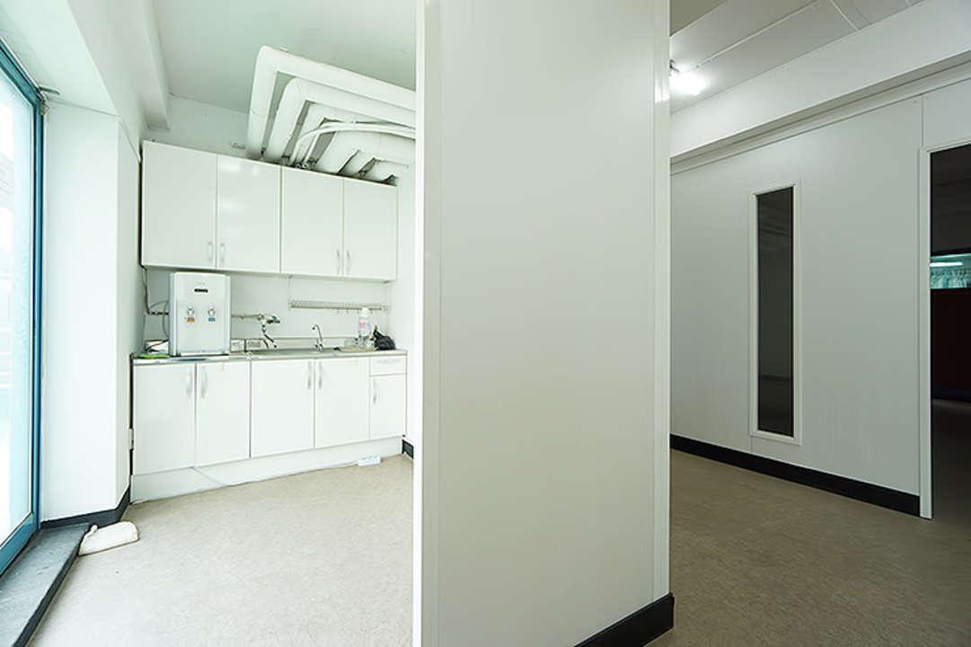도곡동 테라스가 넓고 깔끔한 내부 인테리어 사무실