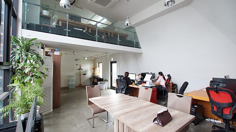 서초동 복층사무실임대 전망좋고 채광좋은 공간