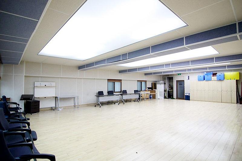 신사동 지상 댄스연습실 임대매물 대박깔끔