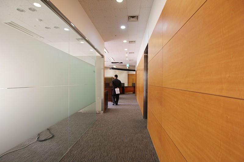 양재동 사무실임대 대로변 스타일좋은 빌딩