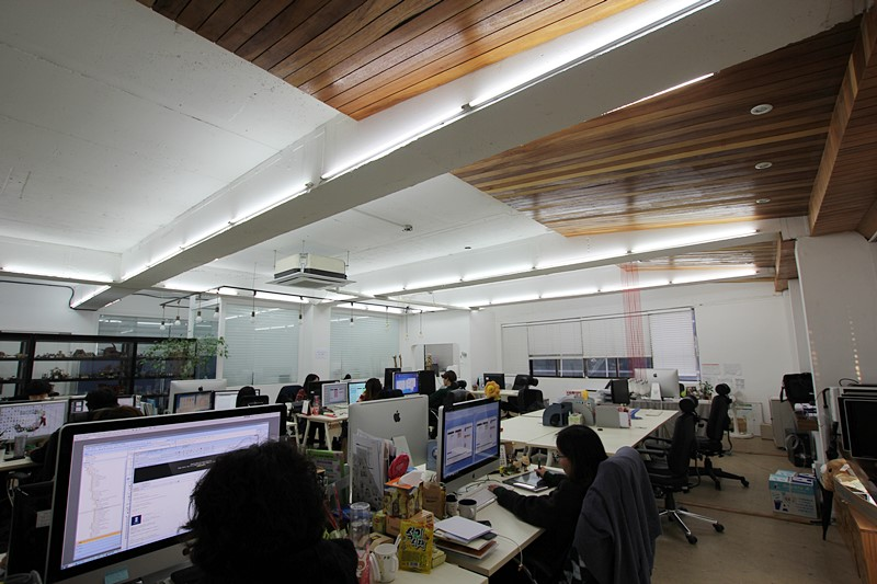 신사동 사무실임대 넓은사이즈대비 저렴한 임대료