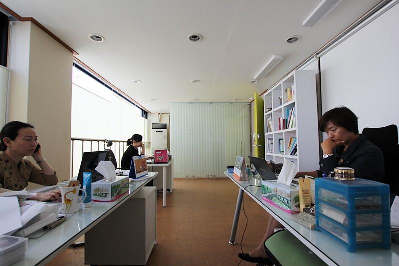 논현동 사무실임대 독특한 인테리어사무실