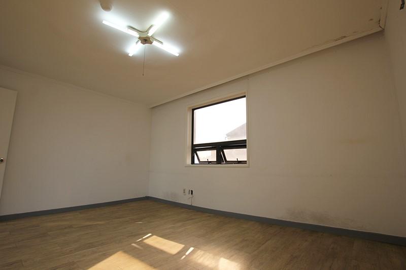 논현동 사무실임대 채광좋은 주택형사무실