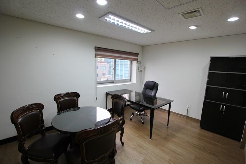 역삼동 사무실임대 채광좋고 관리상태 우수