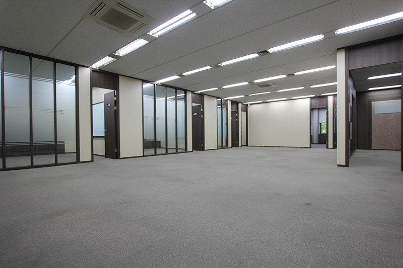 삼성동사무실임대 수억들인 인테리어 무상인수