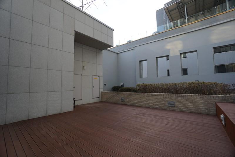 역삼동 초역세권 층고높고 테라스 좋은 옥탑사무실임대