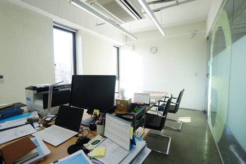 역삼동 인테리어 아주 훌륭한 사무실이 나왔습니다.